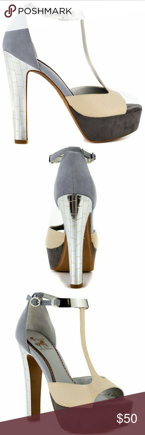 Sam Edelman Alexa Peep Toe Platform Suede Heels High Quality Metal and Suede finishes Worn on two occasions Offers Welcome *These will not disappoint* Sam Edelman Shoes Heels
