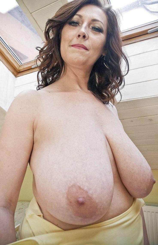 Girl sucking pierced cock