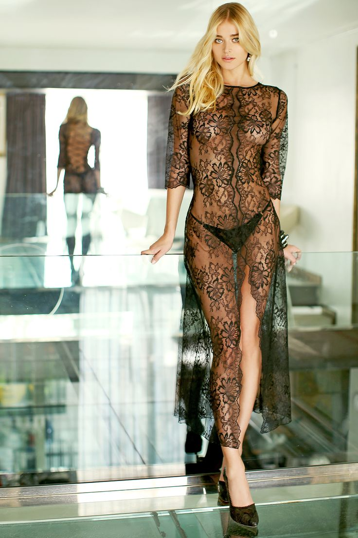 #valery  #FW #lingerie #loveforlingerie #black #lace #flower #blond #model #luxury  #glamouros #madeinitaly
