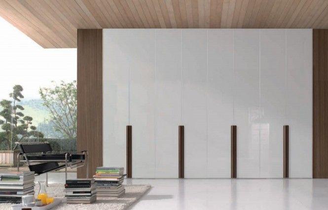 bedroom- clasical white -wardrobe