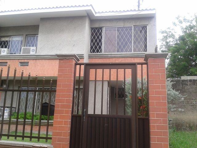 EXCELENTE CASA PARA LA VENTA UBICADA EN ANDALUCIA Casas en Venta en Barranquilla - INURBANAS S.A.S