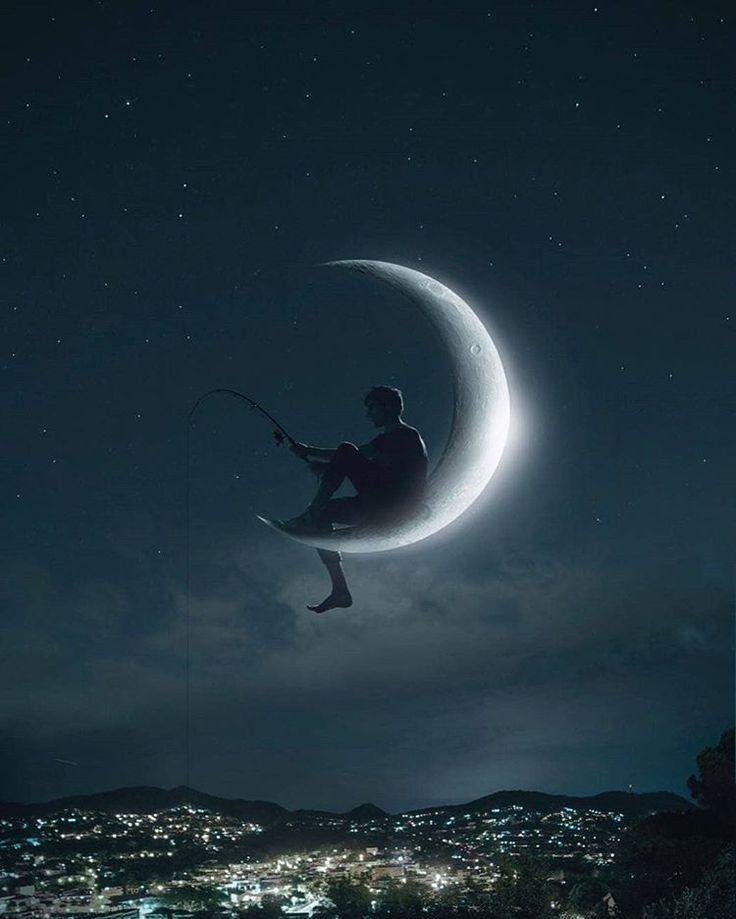 Картинка мальчик на луне с удочкой