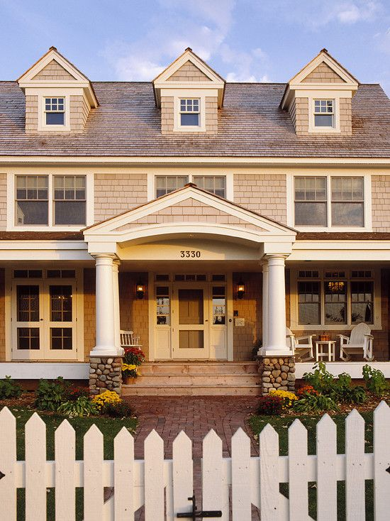 114 best Gambrel Roof and Dutch Colonial Homes images on Pinterest ...