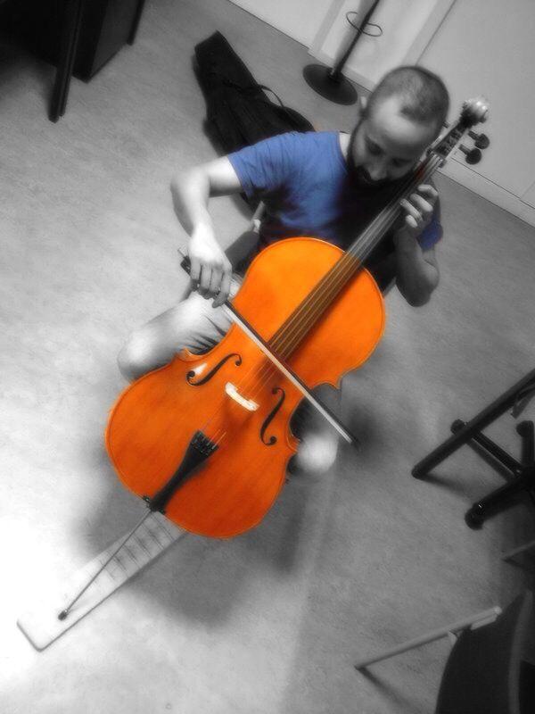 I love Cello.