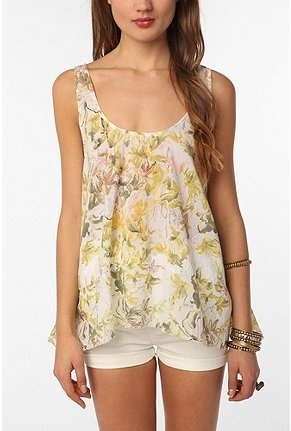 pretty shirt!: Insight Romance, Urban Outfitters, Romance Tank, Summer Style, Clothes, Floral Shirts, Tank Urbanoutfitters, Pretty Shirts