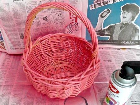 Spray Paint a Basket Pink