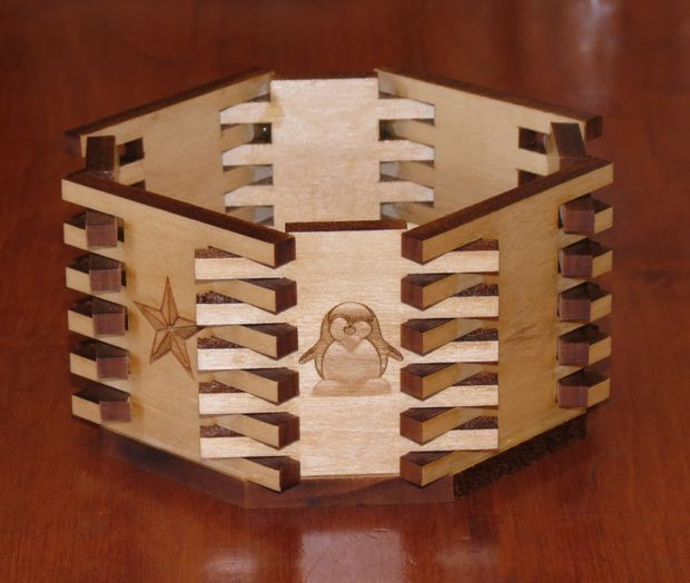Picture of Octagonal Bowl (Box Joints)
