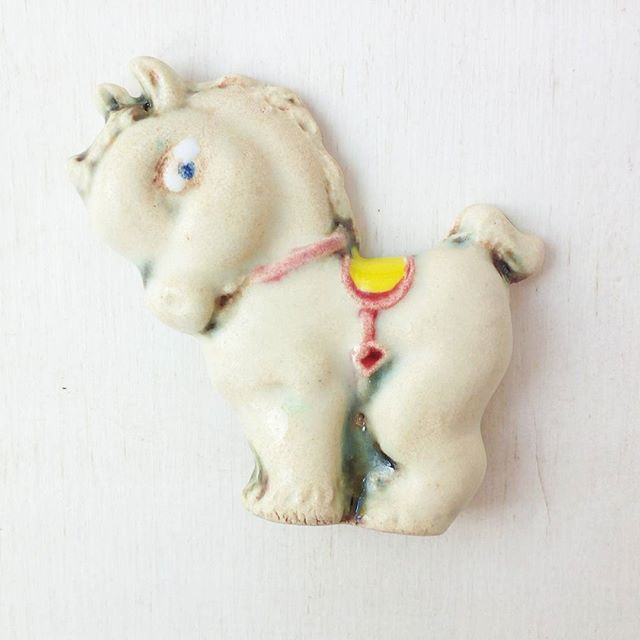 "Vintage inspired  Horse ceramic brooch. Вдохновленная винтажными украшениями брошь ""Коник"" #murava#pottery#jewellery#handmade#ceramics #ceramic#vintage#glaze#circus #broach #brooch #horse #animal #vintageinspired #vintage #fashion #bijou #брошь #коник#винтажныеукрашения #винтаж#брошьручнойработы #юбкапачка #керамика #керамикаручнойработы #украшения #украшение"