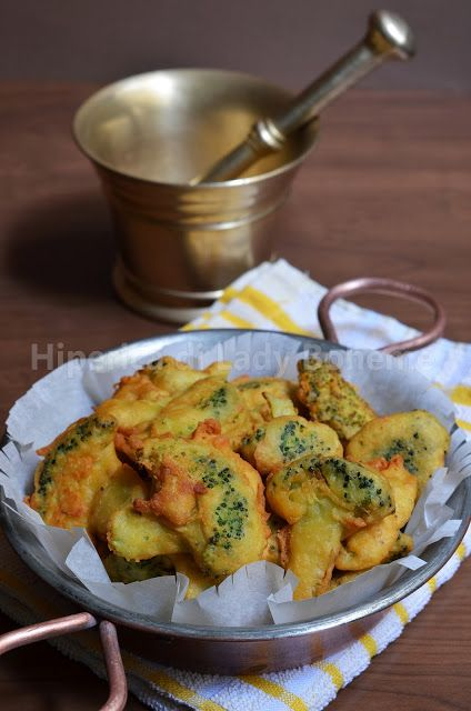 Broccoli fritti con pastella di farina di ceci --//-- Broccoli fried with batter of chickpea flour
