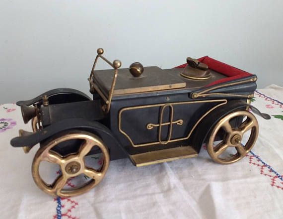 Hey, I found this really awesome Etsy listing at https://www.etsy.com/listing/535885793/large-vintage-metal-model-antique-car