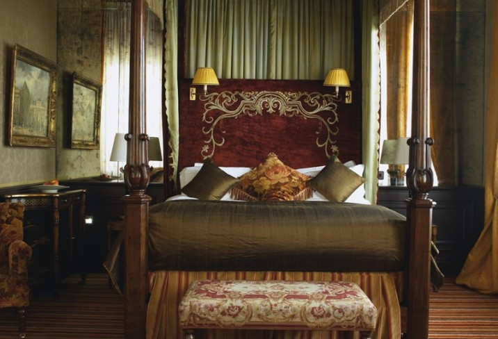 Mr & Mrs Smith - The Merchant Hotel