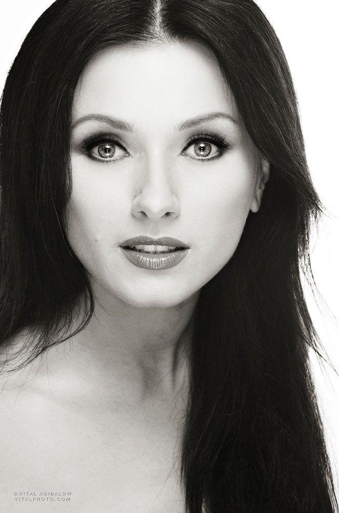 IRINA DVOROVENKO – former principal dancer from American Ballet Theater, Actress for STARZ NETWORK for new TV series Flesh and Bone | http://www.vitalagibalow.com