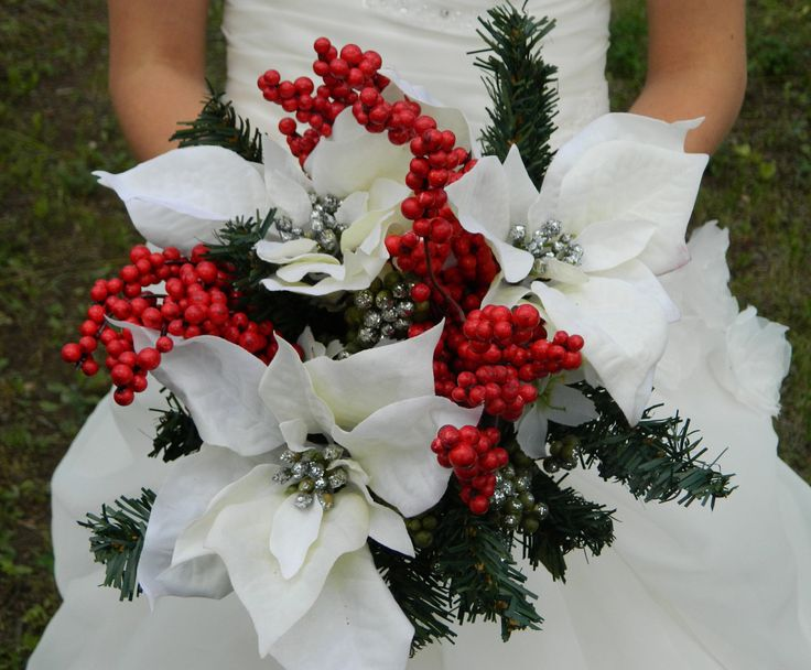 25 Best Ideas About Christmas Wedding Bouquets On Pinterest