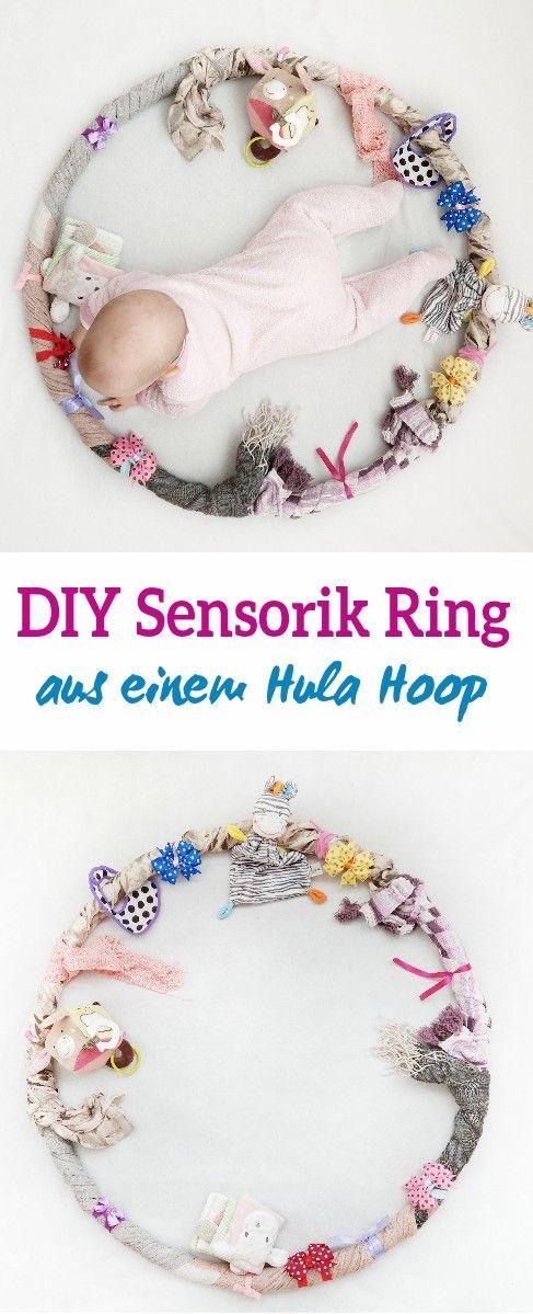 Sensorik-Hula-Hoop für das Baby – Beschäftigung, Lernen und Spielen in einem – kleinliebchen – DIY Ideen Rund um Kind und Baby: Basteln, Deko, Beschäftigung, Spielzeug, Tipps und