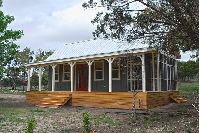 The 480 sq ft Kanga Cottage Cabin from Kanga Room Systems in Waco, Texas.