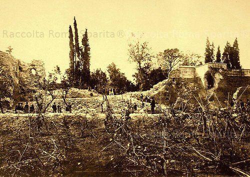 La breccia di Porta Pia, vista dalla parte interna delle mura Anno: 1870