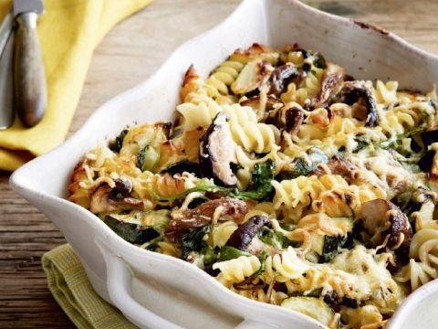 pastagratin met spinazie, courgette en boschampignons