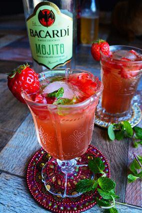 Cocktail 簡単混ぜるだけ 夏の日の清涼カクテル モヒート×ザクロ酢×イチゴミント×ジンジャー|レシピブログ