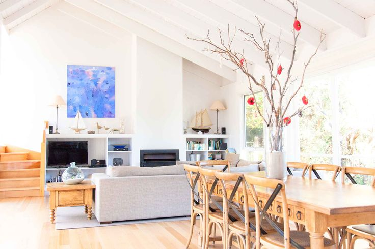 Beautiful Blairgowrie beach house on the Mornington Peninsula.  Your very own beach  holiday rental all year round.