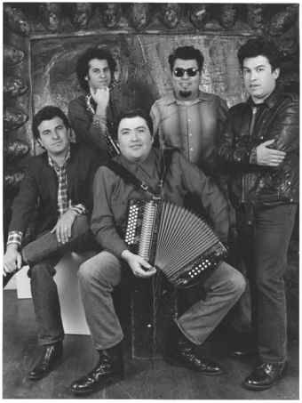 Los Lobos won the award for Best Video From A Film for their song La Bamba (La Bamba) at the VMA's 1988
