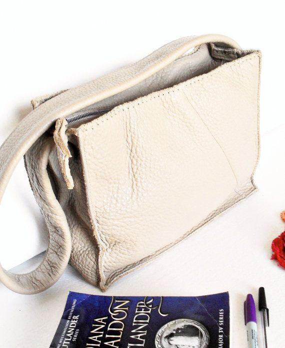Tracolla borsa in pelle, cinghia lunga, cerniera, crema Beige, donne, ragazze, Boho Bag, borsa tutti i giorni, Idea regalo per lei, borsa di medie dimensioni