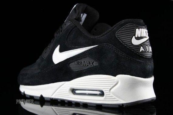 1d7bca90d21 Nike Air Max 90 Essential