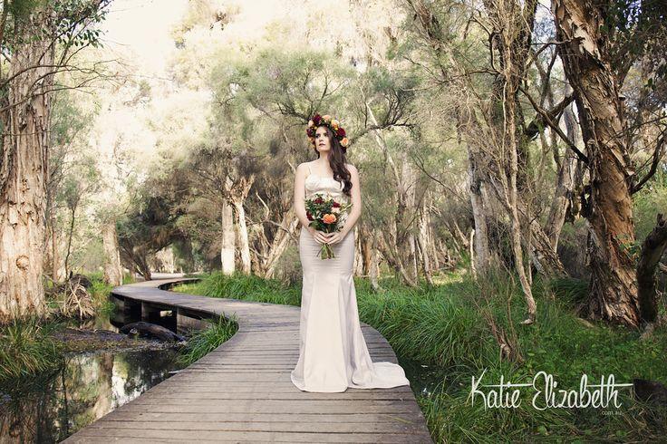 Bridal Shoot in Yellagonga National Park, Perth WA.  . . #yellagonga #nationalpark #bridal #flowercrowns #portraitphotographyperth #perth #perthphotographer #portraits #wedding #nature #blooms #art