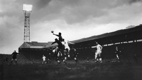 The Old Trafford story: 1931 - 1962 - Official Manchester United Website