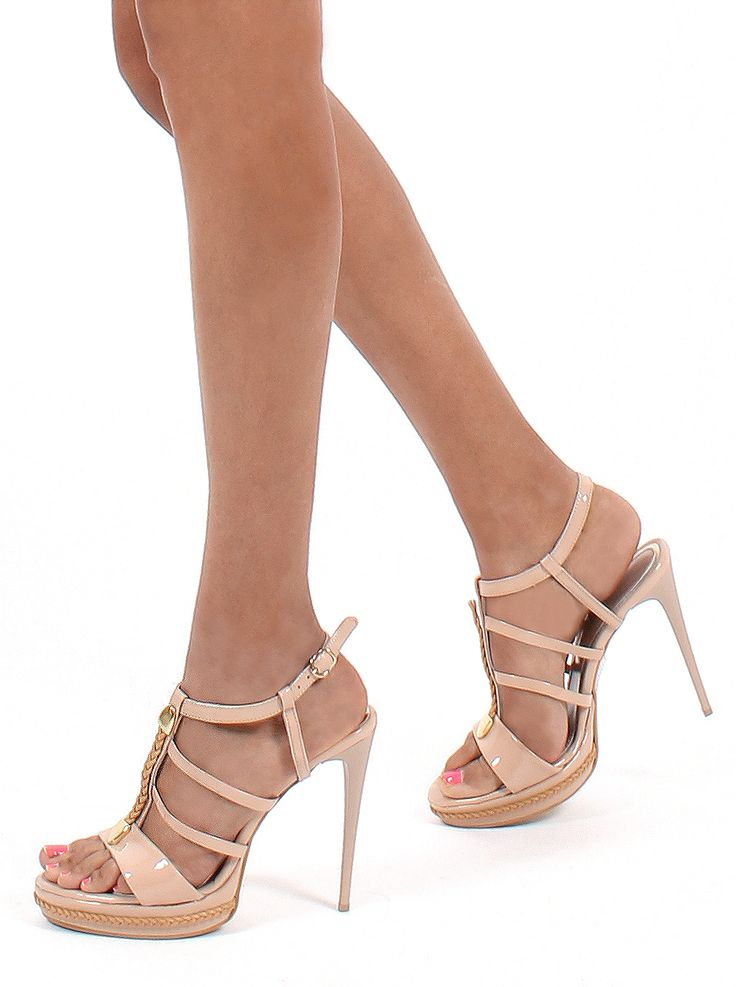 Shoes! Shoes! Shoes! @Gianna Kazakou Online