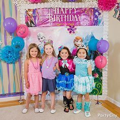 181 best disney princess party ideas images on pinterest birthdays off frozen party tableware shop for frozen party supplies birthday decorations party favors invitations and more stopboris Image collections