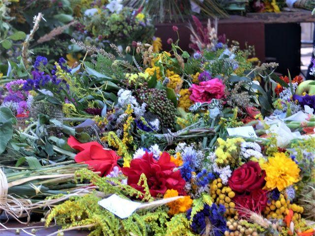 WWW Wiersze Wycieczki Wspomnienia: Konkurs - Cudowna moc bukietów: Święto Matki Boskiej Zielnej