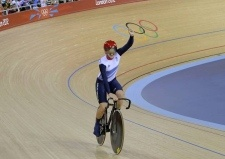 Victoria Pendleton the Stotfold cyclist wins Silver in the last race of her glittering career