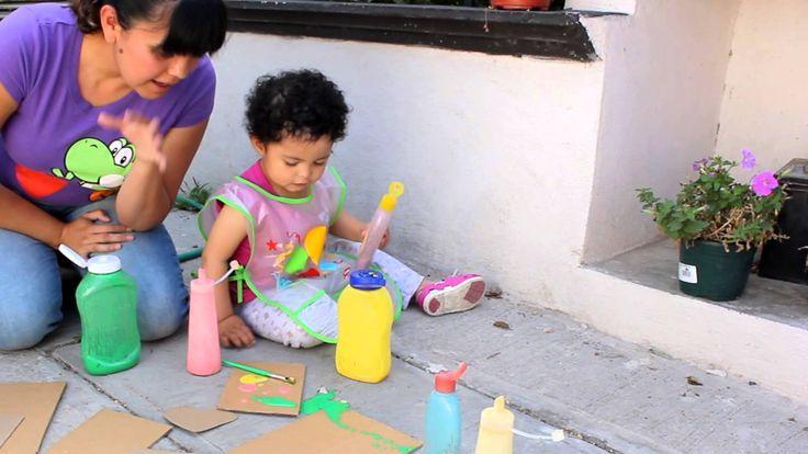 Etapa de garabateo desordenado: 2 años Pintura inflable casera para niños de 2 años