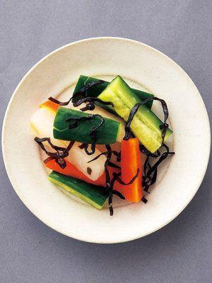 【ELLE a table】きゅうりと根菜の塩昆布和えレシピ|エル・オンライン