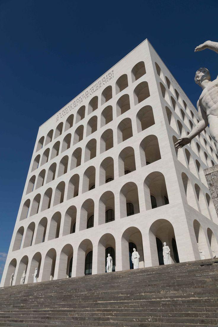 Palazzo Della Civilta Italiana Fendi Eur Roma Leaning Tower Of Pisa Leaning Tower Mario Romano