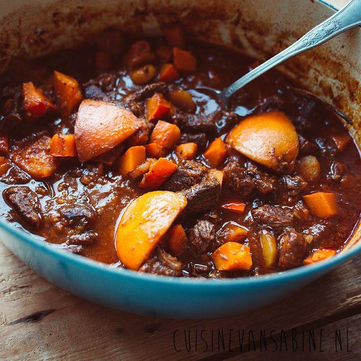Allerlekkerste stoofvlees, met pompoen en sinaasappel   Delicious stew with pumpkin and orange