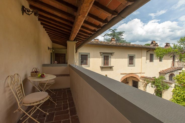 CHARMING APARTMENT NEAR FLORENCE WITH VIEW