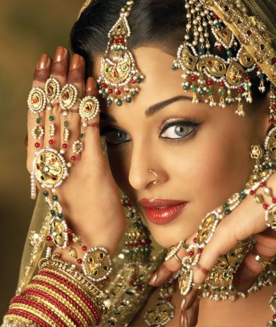 Aishwarya Rai in Umrao Jaan - Indian Hindi Film