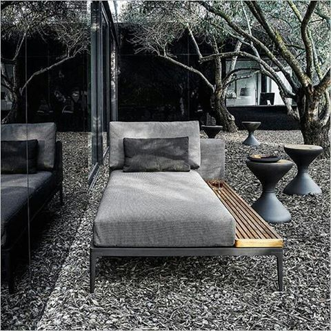 How cool is this outdoor seating area inspiration for our #projectgarden...
