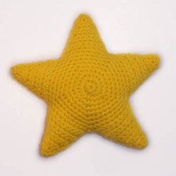 Free To Be Crafty: How To Crochet A Star Stuffy – Free Pattern! | Craftster Blog