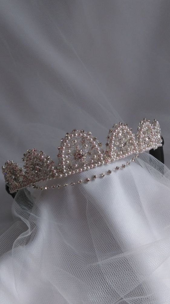 Handmade forehead browband wedding tiara £80.00