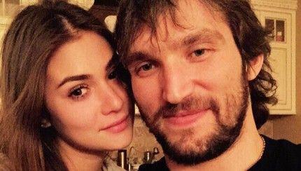 Alex Ovechkin «score» avec une mannequin russe! http://www.danslaction.com/fr/alex-ovechkin-score-avec-une-mannequin-russe/