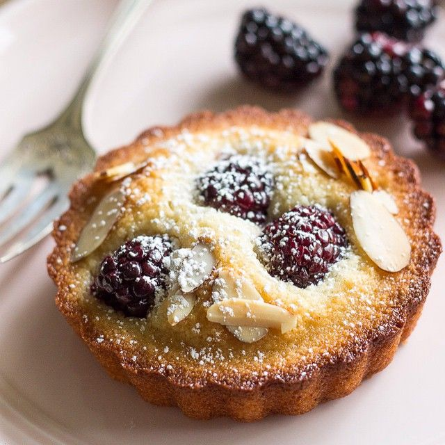 delicious Almond Blackberry Financier