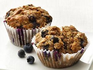 Heerlijk gezond havermout cupcakes recept om je vrienden of familie mee te verassen. Havermout is gezond, lekker en je kunt er prima cupcakes van maken.