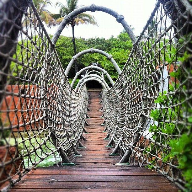 Rope Bridge at Atlantis Bahamas– Instagram