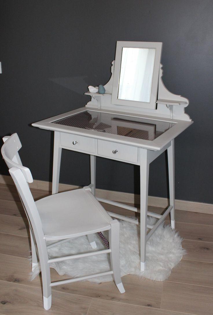 1000 id es sur le th me coiffeuse meuble sur pinterest meuble meubles ikea et coiffeuse blanche. Black Bedroom Furniture Sets. Home Design Ideas