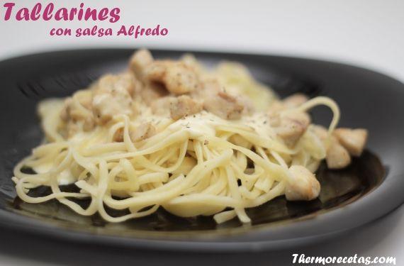 Tallarines Alfredo # Me encantó este plato desde el primer momento que lo probé. Me lo preparó mi amiga Jenny y rápidamente le pedí la receta para adaptarla a la Thermomix.Se trata de pasta, en este caso tallarines, ... »