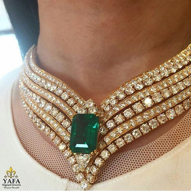 A majestic necklace by #Cartier , available from #YafaSignedJewels. Visit www.vintagesignedjewels.com to see our full range of authenticated signed fine jewelry. #vintagesignedjewels #vintage #vintagejewelry #estatejewelry #finejewelry #forsale #luxury #newyork #thebest