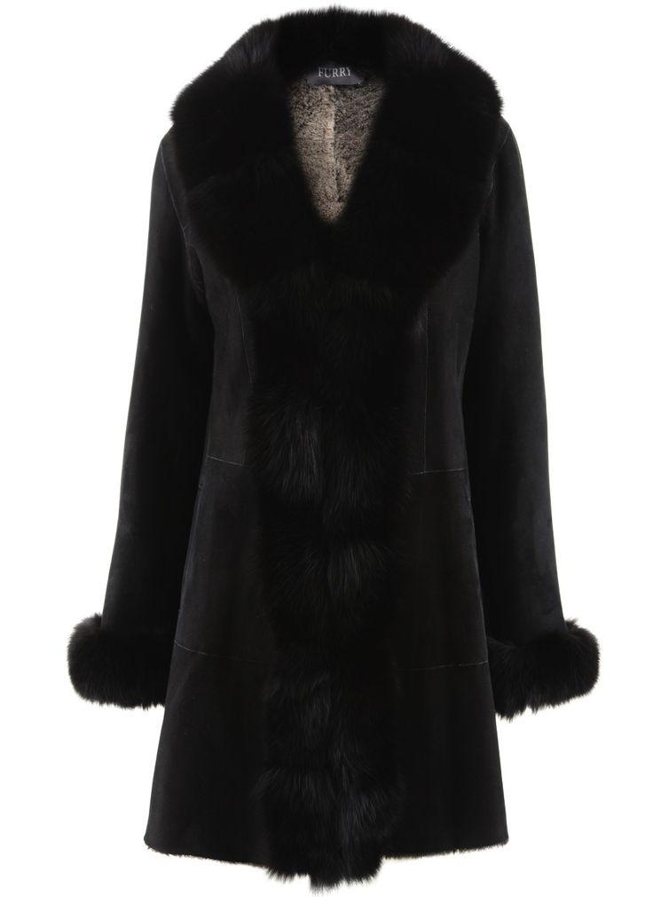 Merinos Lamb with Blue Fox Black Coat