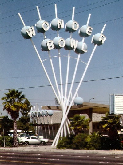 Wonder bowl - fabulous atomic era sign